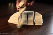 こいつはただの砂じゃない!粘土かと思ったらサラサラにも崩れる不思議な砂