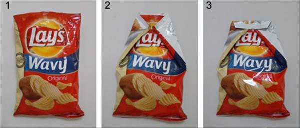 これは便利!ポテトの袋をクリップも輪ゴムも使わずに閉じる方法001