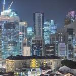 街を彩る美しい光 シンガポールの夜景を微速度撮影した映像