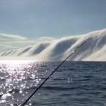"""ミシガン湖に巨大な濃霧の固まりが発生 霧の中に""""何か""""がいそうな雰囲気"""