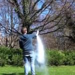 ケタ違いの威力 液体窒素を詰めた魔改造ペットボトルロケット