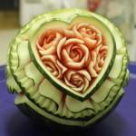 スゴ技! 果物や野菜で作られた彫刻作品26選