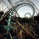 恐ろしくも哀愁ただよう夢の跡 廃墟となった遊園地の写真25選