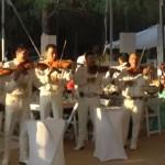メキシコの大楽団がスーパーマリオブラザーズのテーマを演奏