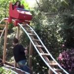 きっかけは息子の他愛ない一言 お父さんが庭にジェットコースターを作り上げちゃった