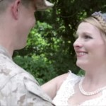 【感動のサプライズ】参加出来ないはずだった海兵隊の兄が妹の結婚式に参加
