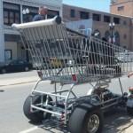 海外の路上で目撃された奇妙な改造車