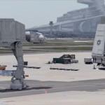 銀河帝国の基地が現実に ドイツの空港にスターウォーズに登場する兵器を合成