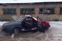 究極のニコイチ 自動車のフロントをくっつけて乗り回してみた001